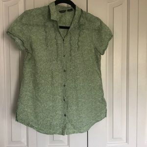 Eddie Bauer button up blouse fits small